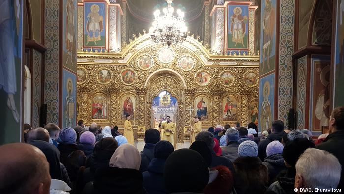 Богослужіння у київському Свято-Михайлівському соборі проводить митрополит Київський і всієї України Епіфаній