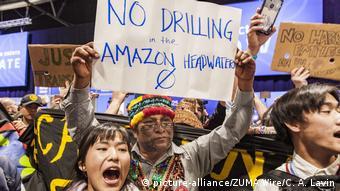 Spanien COP 25. UN-Klimakonferenz in Madrid   Proteste (picture-alliance/ZUMA Wire/C. A. Lavin)