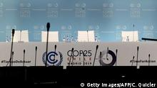 Spanien COP 25. UN-Klimakonferenz in Madrid - Podium (Getty Images/AFP/C. Quicler)