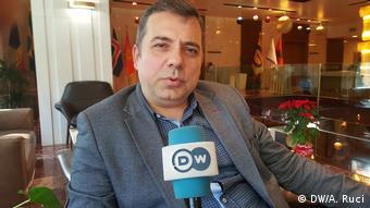 Albanien Medien | Enton Abilekaj, Direktor Dosja.al (DW/A. Ruci)