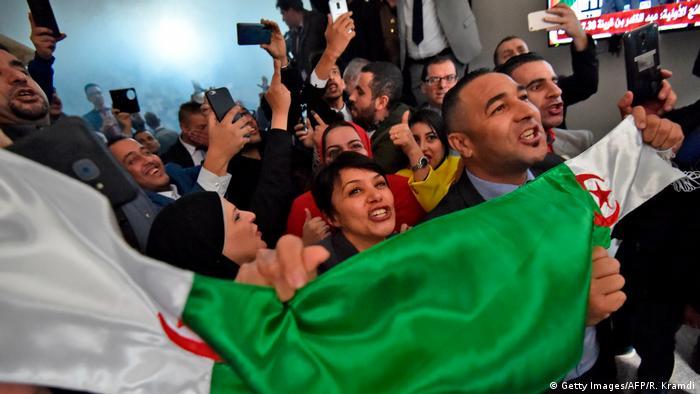 Algerien: Erneute Proteste in Algier (Getty Images/AFP/R. Kramdi)