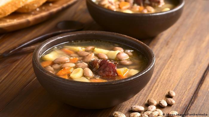 Węgry: zupa fasolowa