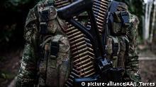 Kolumbien schwer bewaffneter Soldat in Vichada