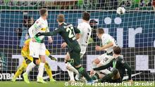 Fußball Bundesliga VfL Wolfsburg - Borussia Mönchengladbach   Tor 2:1