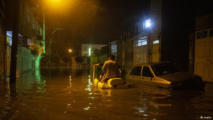 باران در اهواز در سایه بیتدبیری به بحران تبدیل شده است