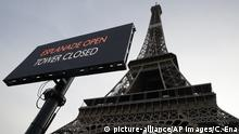 A screen announces the closure of the Eiffel Tower, Tuesday Dec.17, 2019 in Paris on the 13th straight day of traffic headaches. Teachers, doctors, lawyers and workers at the Eiffel Tower _ people from across the French workforce walked of the job Tuesday to resist a higher retirement age, or to preserve a welfare system they fear their business-friendly president wants to dismantle. (AP Photo/Christophe Ena) |
