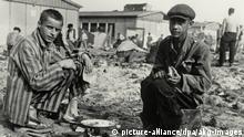 KZ Dachau nach Befreiung / Farbiger Häftl.