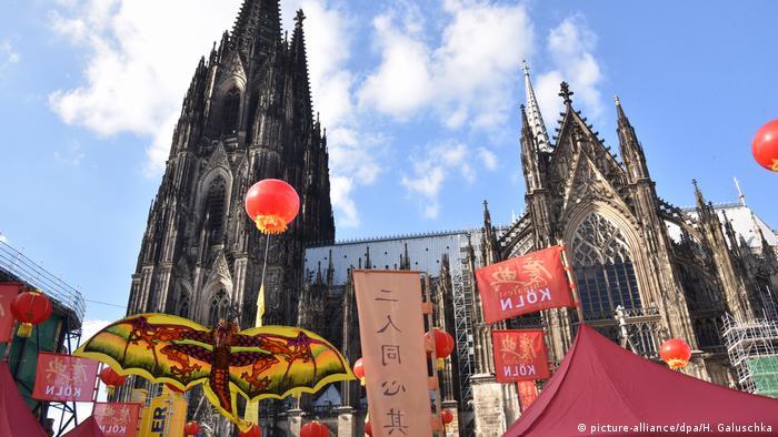 Chinafest in Köln auf dem Roncalli Platz