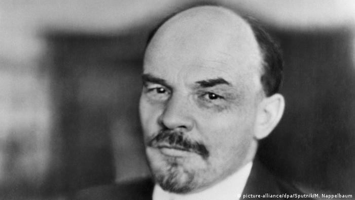 По нареждане на Ленин бунтът в Кронщат е потушен с голяма жестокост