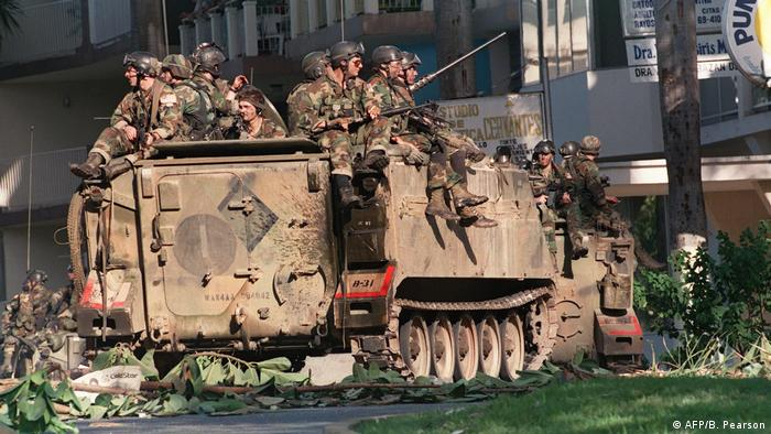 Soldados de la Operación Causa Justa en Ciudad de Panamá.