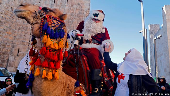BdTD | Jerusalem Santa (Getty Images/AFP/A. Gharabli)