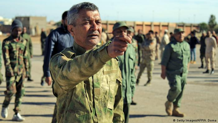 ژنرال خلیفه حفتر در واکنش به مصوبه پارلمان ترکیه برای اعزام نیرو به لیبی سوم ژانویه بسیج عمومی اعلام کرد