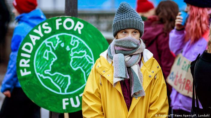Грета Тунберг під час акції біля будівлі парламенту Швеції, 20 грудня 2019 року