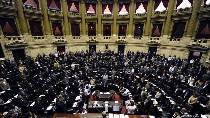 Parlamento argentino: la participación de las mujeres en los parlamentos es relevante, más que la sola figura de una presidenta.