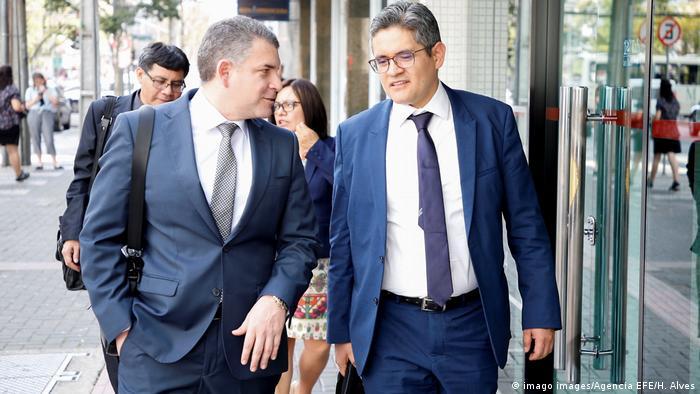 Los fiscales del equipo especial Lava Jato de Perú, Rafael Vela y José Domingo Pérez.