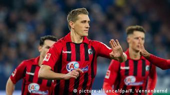 Fußball Bundesliga FC Schalke 04 - SC Freiburg Nils Petersen