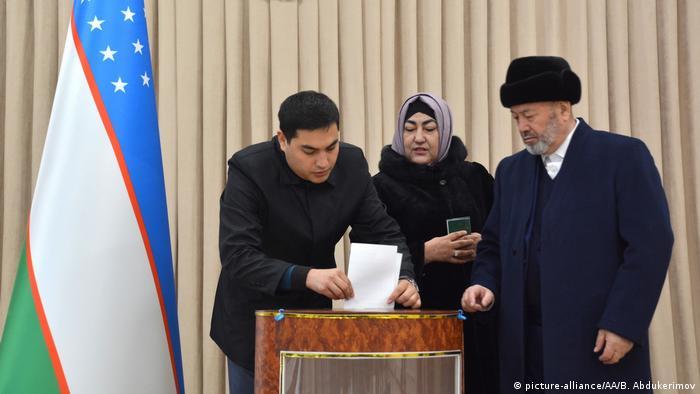 Вибори в Узбекистані вперше відбуваються під наглядом спостерігачів ОБСЄ