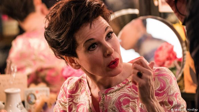 Renée Zellweger no filme Judy