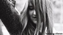 Berliner Autorin Helene Hegemann; Autorin des Buches Axolotl roadkill (Ullstein Verlag) Fotografin: Mae Ost; Rechte beim Verlag Ullstein Zugeliefert von: Gabriela Schaaf