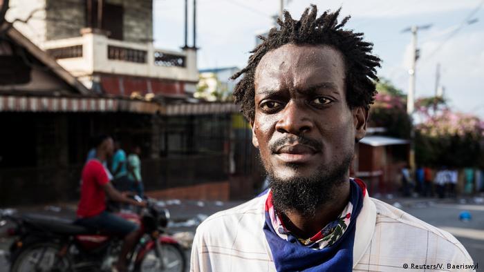 Porträts von Frontlinien globaler Proteste (Reuters/V. Baeriswyl )