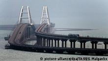 Krim-Brücke Eisenbahnverkehr Eröffnung