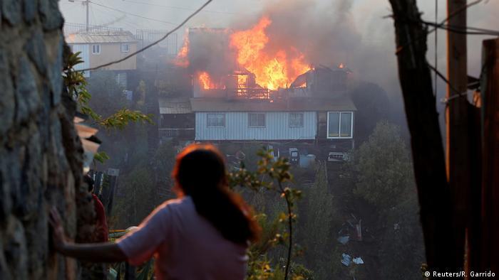 Foto de casa incendiada en Valparaiso.