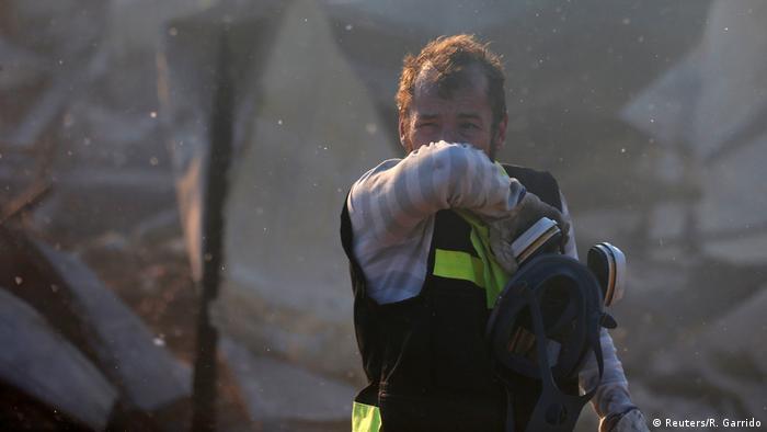 Foto de bombero en Chile.