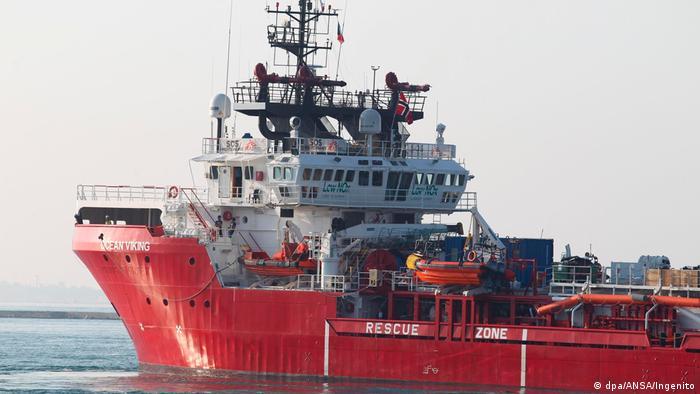 Europa Migration l Ocean Viking - Rettungsschiff in Italien, Tarent