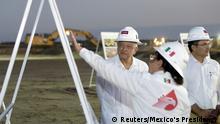 Mexico Tabasco   Präsident , Andrés Manuel López Obrador besucht Erdölvorkommen Quesqui