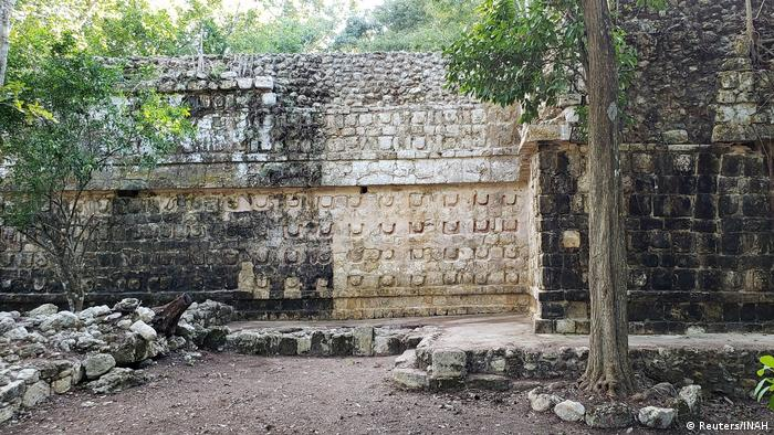 Stucco on the ancient temple in the jungle