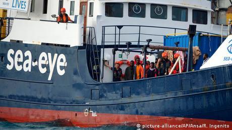 Στην Ιταλία οι μετανάστες του Αλάν Κούρντι