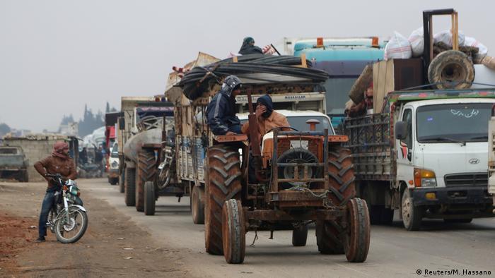 Syrien Flucht aus Idlib Provinz (Reuters/M. Hassano)