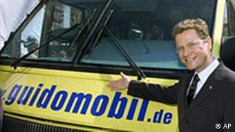 Guido Westerwelle präsentiert das Guidomobil