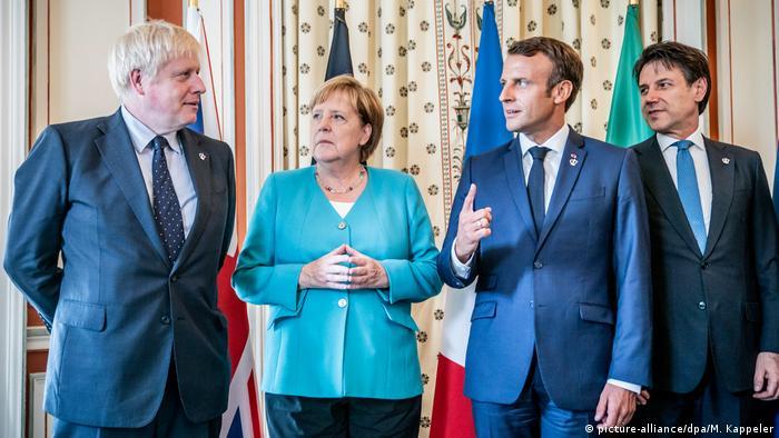 Biarritz 2019: Angela Merkel w towarzystwie Borisa Johnsona (l), Emmanuela Macrona i Giuseppe Contego