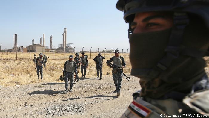 Иракские военные недалеко от города Киркука