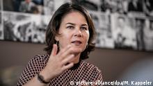29.10.2019, Berlin: Annalena Baerbock, Bundesvorsitzende von Bündnis 90/Die Grünen, aufgenommen bei einem Interview mit der DPA. Foto: Michael Kappeler/dpa | Verwendung weltweit