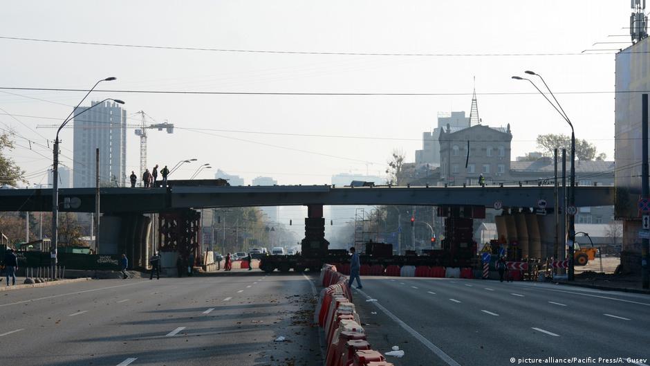 Ukraine Kiew | Baustelle der Shulyavsky Brücke