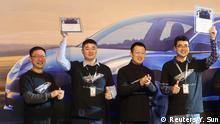 Zereminie zur ersten Auslieferung des neuen Tesla Model 3 in China