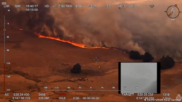 Aerial view of an approaching fire in New South Wales