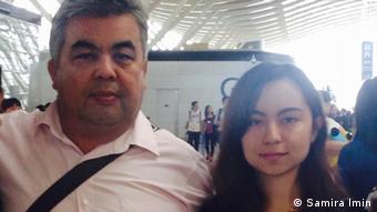Iminjan Seydin mit Tochter Samira Imin Xinjiang Uyghur Iminjan Seydin mit Tochter Samira Imin