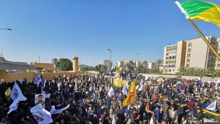 Ispred ambasade SAD u Bagdadu, 31.12.2019.