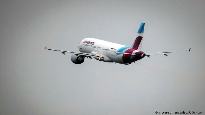 Eurowings plane (picture-alliance/dpa/F. Gentsch)