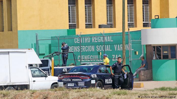 Männergefängnis in Cieneguillas (picture-alliance/El Universal)