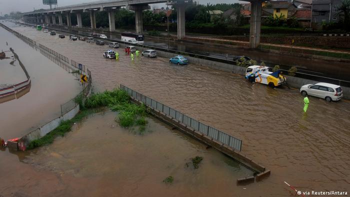Übersicht über die Flut in Bekasi, nahe Jakarta (via Reuters/Antara)