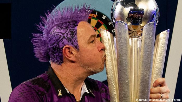 Darts World Champion Peter Wright (picture-alliance/dpa/PA/S. Paston)