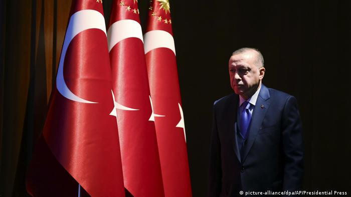 """حسابات الربح والخسارة في """"مغامرات أردوغان العربية"""""""