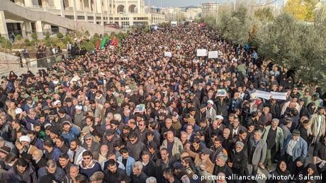 Ιράν: Στη σκιά της κρίσης η κοινωνία των πολιτών