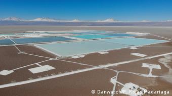 Extracción de litio en el desierto de Atacama, Chile