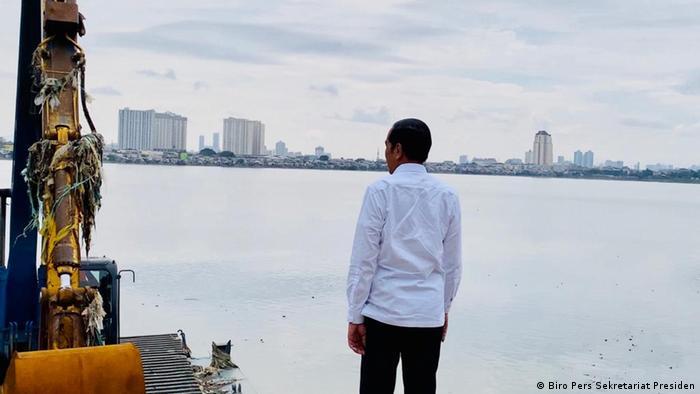 Indonesien | Joko Widodo besucht das Pluit Wasserreservoir im Norden von Jakarta