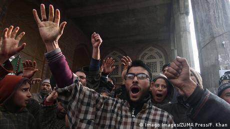 Indien Jammu und Kashmir | Proteste gegen Amerika nach Dronenangriff auf Kassem Soleimani (Imago Images/ZUMA Press/F. Khan)